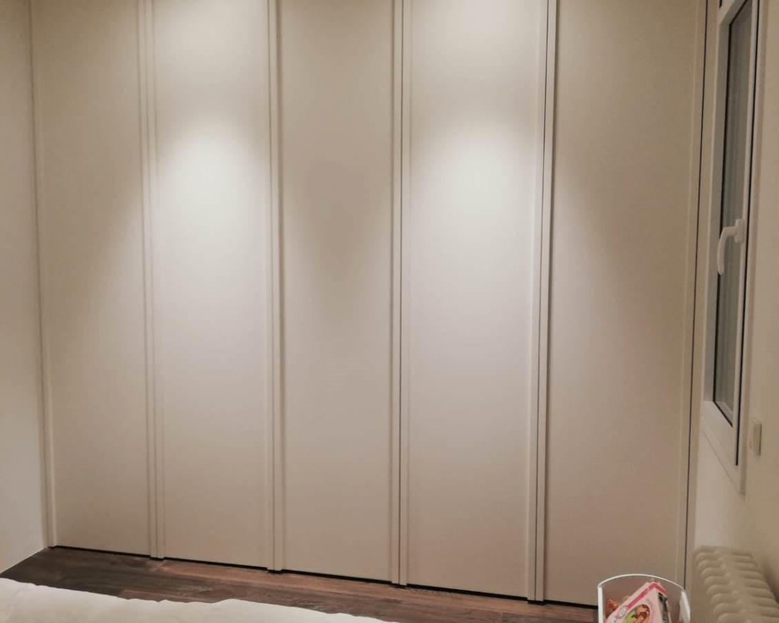 armario para dormitorio carpintero Barcelona Carpinteria Francisco Moreno